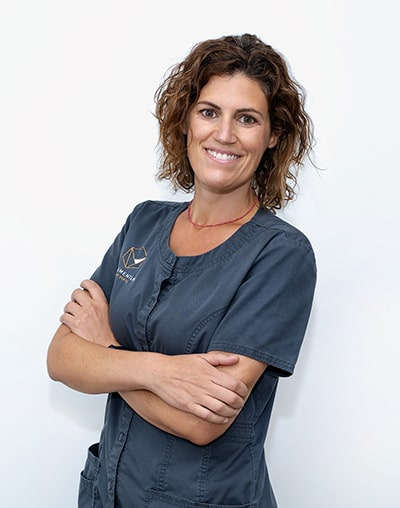 Odontóloga Monumentum Dental Amparo Mascaraque